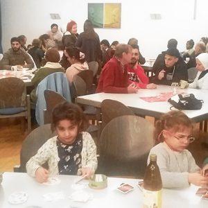 Stimmungsvolle Adventsfeier des Cölber Arbeitskreises Flüchtlinge