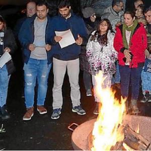 Diese Kinder sind Vorbilder – Cölber Adventsfeuer bringt alte und neue Bewohner zusammen